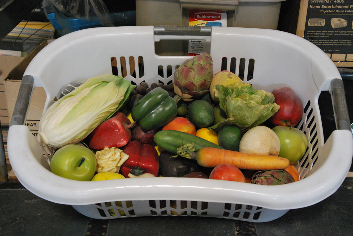 Fruits & Vegetables (plastic) Image