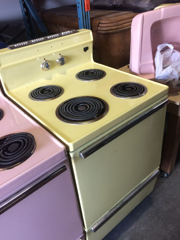 Retro stove (yellow) Image
